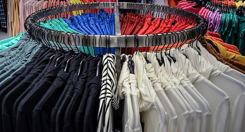 shirts-428627_1280