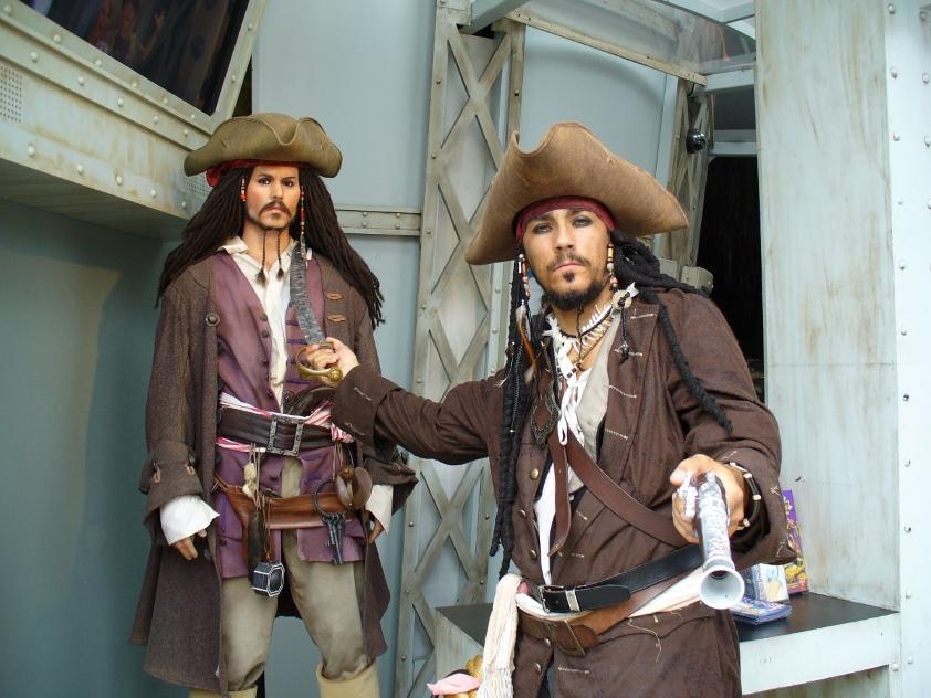 Ebooki piractwo, Rynek ebooków piractwo